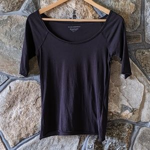 Club Monaco basic black tee